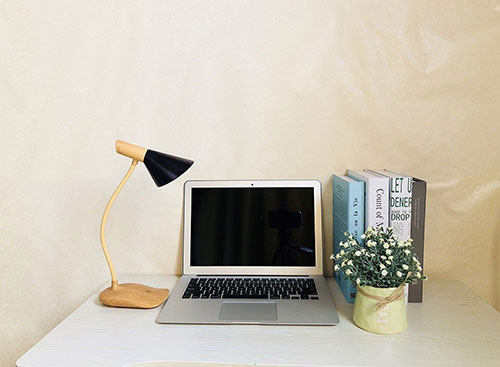 Touch Control Wooden Table Lamp