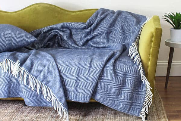 Warm Blanket Cover for Bed and Couch